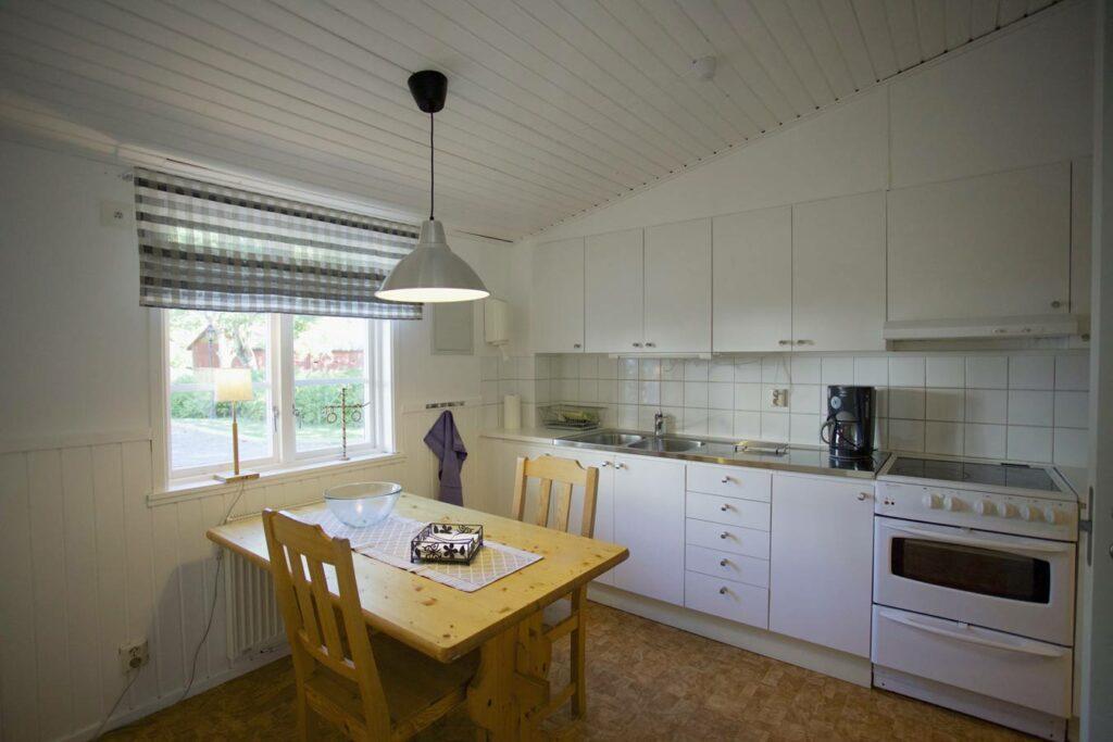 The lodge - Kitchen